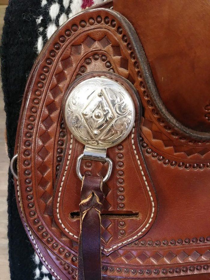 Lazy M Saddle Diamonds and Os saddle