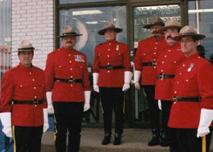 Re-enactment troop gloves